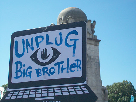 unplug_big_brother-th